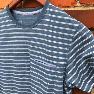 Levi's striped slub cotton tee • size small